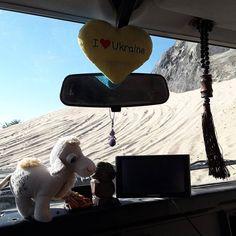 #Matatu got one more decoration yesterday. Thx Saeed & Ali the camel fits perfectly to the souvenirs from #Ukraine #Altai #Russia #Tajikistan & #Kazakhstan.  @wizmalo #Matatujr #travelTheWorld #trip #awesome #amazing #travelblog #travelling #getoutside #LandRover #defender #LandRoverDefender #overland #overlander #travel #wanderlust #arabia #travelstories #UAE #Oman #Dubai#adventure #adventuretime by matatujr #Matatu got one more decoration yesterday. Thx Saeed & Ali the camel fits perfectly…