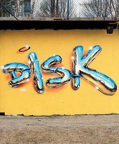 DISK _______________________ … – Mad Stylers – Join in the world of pin Graffiti Wallpaper, Graffiti Artwork, Graffiti Drawing, Graffiti Lettering, Mural Art, Art Drawings, Typography, Murals Street Art, Street Art Graffiti