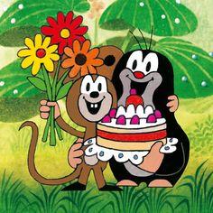 (2014-07) Muldvarpen og musen kommer med blomster og lagkage