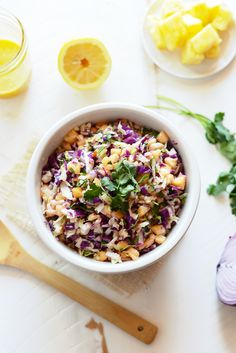 This clean-eating, paleo coleslaw is made with homemade mayo, a mixture of delicious and colorful vegetables and a pop of pineapple for sweetness! Slaw Recipes, Grilling Recipes, Paleo Recipes, Paleo Meals, Free Recipes, Paleo Coleslaw, Pineapple Coleslaw, Salad With Sweet Potato, Potato Salad