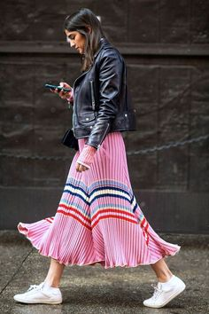 An Edgy Way To Wear The Bubblegum Stripe Trend