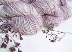 welthase merino DK plum blossom