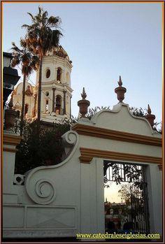 Santuario de Nuestra Señora de la Soledad (Tlaquepaque) Estado de Jalisco,México by Catedrales e Iglesias, via Flickr