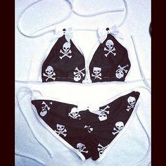 Skull bikini<3<3