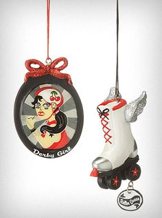 Calling all Derby Girls - these Christmas ornaments kick-ass!