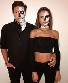 Easy Couple Halloween Costume Ideas: 32 Easy Couple Costumes To Copy That Are Perfect For The College Halloween Party Halloween Makeup halloween makeup couples Celebrity Couple Costumes, Easy Couples Costumes, Costumes For Women, Easy Couple Halloween Costumes, Halloween Makeup Looks, Halloween 2018, Halloween Costume Couples, Couple Costume Ideas, Halloween College