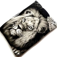 Lion's Eye Tablet Cover /Animal Lover iPad by MyTabletCasePlace