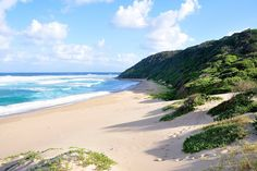 Conference Venues in the KwaZulu Natal Province of South Africa Travel Pictures, Travel Photos, South Africa Beach, Wonderful Places, Beautiful Places, Provinces Of South Africa, Kwazulu Natal, Live, Beautiful World