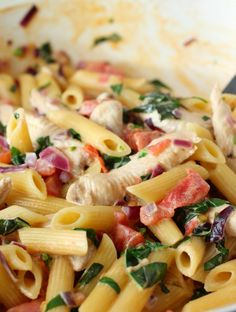Chicken and Bacon Pasta with Spinach and Tomatoes in Garlic Cream Sauce • YumExpert Casserole Recipes, Pasta Recipes, Chicken Recipes, Dinner Recipes, Cooking Recipes, Healthy Recipes, Lunch Recipes, Free Recipes, Spinach Stuffed Mushrooms