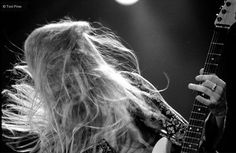 Jerry Cantrell and his gorgeous hair