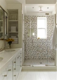 Relaxing Transitional Bathroom by Gideon Mendelson