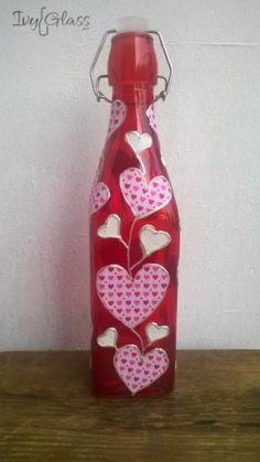 Ręcznie zdobiona butelka - Serduszka