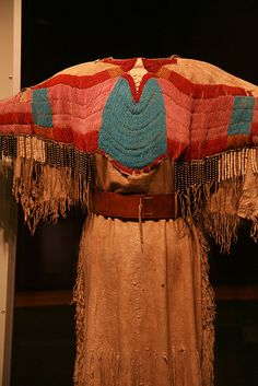 fun and new Native American Clothing, Native American Beauty, Native American Photos, Native American Artifacts, Native American Beadwork, Native American Tribes, American Indian Art, Native American History, American Apparel