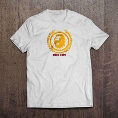 Beyaz kumaş üzerine dijital baskı Since 1905 T-Shirt 29,99TL
