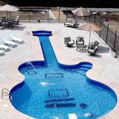 have a pool like this when im loaded....gibson forever