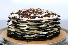 Chocolate Wafer Icebox Cake   27 Delicious No-Bake Icebox Cakes Nabisco Chocolate Wafers, Chocolate Wafer Cookies, Chocolate Chip Cake, Nabisco Oreo, Raspberry Chocolate, Chocolate Chocolate, Work Potluck, No Bake Desserts, Delicious Desserts