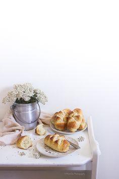 Panini al latte e semi di Chia | MIEL & RICOTTA