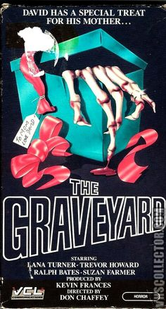 THE GRAVEYARD 1975 Horror Movie Posters, Horror Films, Film Posters, Slasher Movies, English Movies, Best Horrors, Vintage Horror, Vintage Movies, Great Movies