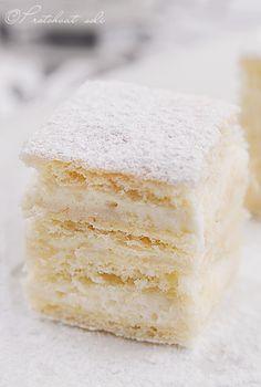 http://translate.google.com/#auto/en/Bela%20pita%20sa%20ledenim%20kvascem Bela pita sa ledenim kvascem ~ White pie with a ice leaven.