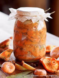 Rydze kiszone Polish Recipes, Polish Food, Mason Jars, Stuffed Mushrooms, Food And Drink, Easy Meals, Tasty, Cooking, Simple