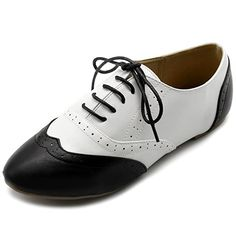 Ollio Women's Shoe Classic Lace Up Dress Low Flat Heel Oxford Oxford Shoes Outfit, Oxford Heels, Shoes Sneakers, Shoes Heels, Wide Shoes, New Shoes, Black And White Flats, Womens Golf Shoes, Popular Shoes