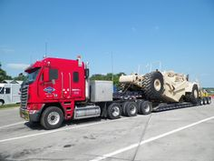 coe Freightliner custom Heavy haul with a Military Pan on wagon