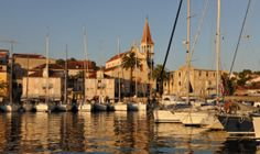 The Croatian Association of Nautical Tourism estimates that 70,000 yachts dropped anchor in the Adriatic last year, Up to an incredible 28,000 yachts will be sailing in the Adriatic by 2018, Croatia currently has some 50 marinas offering around 14,000 berths.