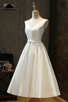 Satin Wedding Dresses Vintage Satin Chic Tea Length Ivory Wedding Dress Simple with Lace Up Western Wedding Dresses, Princess Wedding Dresses, Best Wedding Dresses, Bridal Dresses, Wedding Gowns, Bridesmaid Dresses, Ivory Wedding, Trendy Wedding, Wedding Simple