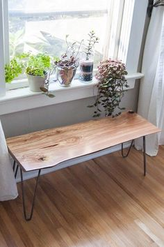How I made a DIY live-edge wood bench with hairpin legs. Steps, tips and techniques for finishing a piece of live-edge wood to use as a simple bench. Live Edge Furniture, Home Furniture, Furniture Design, Furniture Stores, Cheap Furniture, Diy Wood Bench, Diy Storage Bench, Wood Storage, Diy Bank