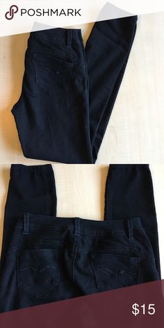 Blue Spice Stretch Skinny Pants Stretch pants in size 5 Skinny leg pants, zipper front closure with bs k and front pockets. Blue Spice Pants Skinny