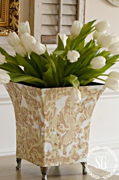 UPCYCLING A PLANTER- an easy budget friendly way to decorate-stonegableblog.com