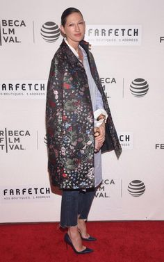 J.Crew's Jenna Lyons tapped into the frayed denim jeans trend, but dressed it up with a floral coat