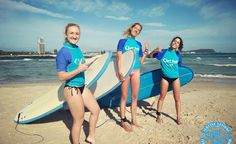 learn to surf with friends private surl lesson currumbin alley gold coast things to do