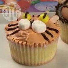 Muffins als Tiger verzieren, Tigermuffins, Cupcakes verzieren, Tiere Muffins, Tiermuffins, Tiger, Kindergeburtstag @ de.allrecipes.com