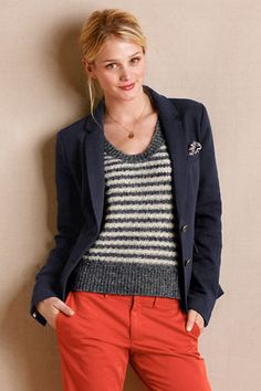 Outfit 5: Women's Wright Navy Blazer from Lands' End Canvas in true navy! This perfectly tailored blazer will stand the test of time in any closet and would transition well into fall, winter, and spring! #CanvasChinos