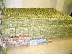 Escobar aurait dépensé environ 2 500 $ par mois en élastiques uniquement pour…