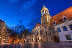 View photos of and learn more about Old Town Bratislava's sights. These sightseeing attractions in Bratislava are must-sees! Town Hall, Eastern Europe, View Photos, Old Town, Barcelona Cathedral, Maine, Beautiful Places, Tours, Adventure
