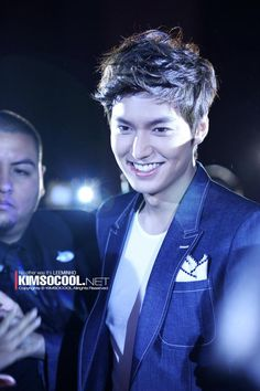 He's so gorgeous i can just die...Toyota Camry meet & greet event with Min Ho