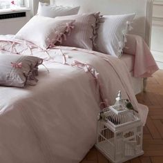 Ophelia & Co. This cozy Duvet Cover Set is perfect for sleeping as it offers a comfortable and breathable design with a stylish look. Best Duvet Covers, Duvet Cover Sets, Velvet Duvet, Luxury Bedding Collections, Cotton Duvet, Cotton Fabric, Cool Beds, Comforter Sets, King Comforter