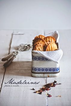 ... madeleines { pesca e mela } ...