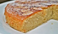 French Almond Cake Recipe These cake tins are for all occasions from weddings, to Christmas, Anniversaries, Birhtdays, Valentines day etc. Food Cakes, Cupcake Cakes, Cupcakes, French Almond Cake Recipe, Easy Cake Recipes, Sweet Recipes, Dessert Recipes, French Cake, French Food
