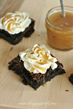 Dark Chocolate Brownies with Salted Caramel Frosting and Homemade Caramel Sauce: easy recipe for #caramel sauce! @Shugary Sweets