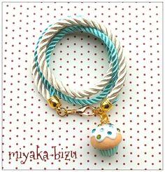 sweet vanilla-mint bracelet with muffin made by miyaka-bizu (fimo, polymer clay)
