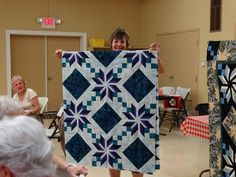 Eden quilt student sample from my workshop at the Hannibal PIecemakers quilt guild. Workshop, Quilting, Fabrics, Student, Blanket, Sewing, Projects, Tejidos, Log Projects