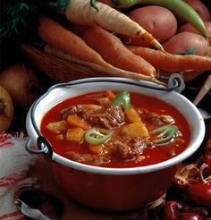 Typical meal- Gulyás also known as Hungarian goulash is a Hungarian specialty that is a typical meal eaten by an average and wealthy family. Hungarian Cuisine, Hungarian Recipes, Beef Goulash Soup, Beef Recipes, Soup Recipes, Goulash Recipes, Hungary Food, Winter Soups, Thinking Day