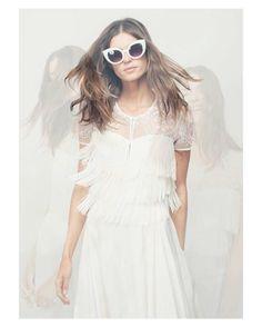 Feliz lunes queridas!  { by @melissagidneyphoto}. #monday  #goodmorning #buenosdías #wedding #weddingday #boda #bride #bridetobe #bridal #mariee #novia #groom #bridaldress #vestidodenovia #weddingdress #photography #photoshoot #bohobride #bohemian #bohochic #inlove #amazing #beautiful #stunning #weddinginspiration #inspiration #love #like #picoftheday #siempremia