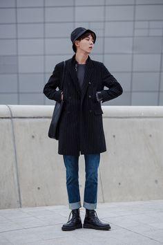 Street style: Joo Woo Jae at Seoul Fashion Week Spring 2015 ph Kim Kyung Hun