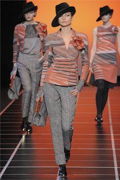 Sfilata Giorgio Armani Milano - Collezioni Autunno Inverno 2012-13 - Vogue