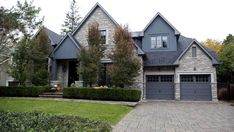 The 2008 Princess Margaret Lottery dream home in Oakville, Ont. (Della Rollins/The Globe and Mail)
