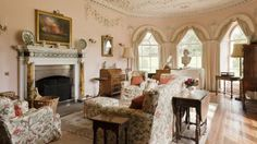 Drawing room at Greys Court, Oxfordshire Decorating Your Home, Interior Decorating, Georgian Interiors, Classic Living Room, English House, Beautiful Interior Design, Drawing Room, Architecture Details, Beautiful Homes